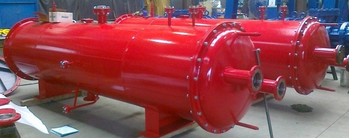 Tubular heat exchangers and coolers